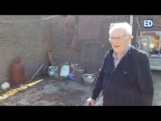 Cor uit Helmond is na 82 jaar zijn duiven kwijt