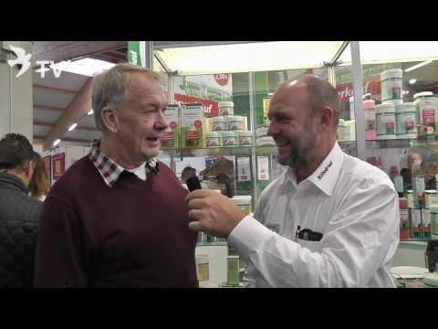 Hans Hermann Pohlmann im Interview mit Markus Neeb auf dem Int. TaubenMarkt Kassel 2016