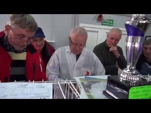 Pstry Karol - gołąb przestworzy rzuca rękawice na lot z Le Havre .