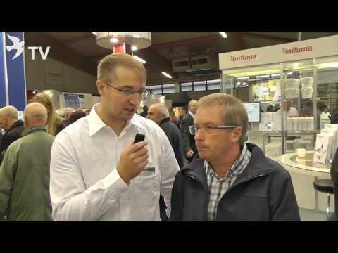 Herr Draber im Interview mit Frederik Wolf auf dem Int. TaubenMarkt Kassel 2016
