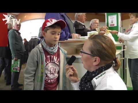 Kleiner Spitzenzüchter im Interview mit Mirja Gehle auf dem Int. TaubenMarkt Kassel 2016