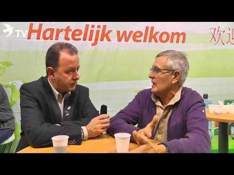 Serge Van Elsacker im Interview mit Alfred Berger auf der Fugare in Belgien 2016 (Brieftauben)