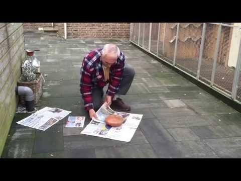 How to fold a newspaper around a nest bowl with Martin van Zon (shot with my iPhone)